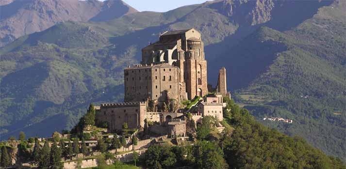 Il Tour della Sacra di San Michele fa Castelli e antiche Abbazie