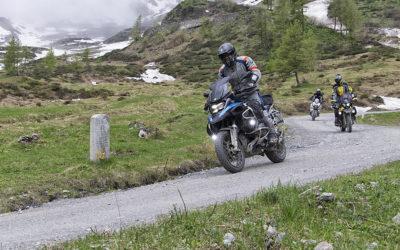 Dopo la mitica Tappa del Giro d'Italia 2018 Venaria-Bardonecchia il Colle delle Finestre dal primo week-end di giugno è aperto anche alle moto