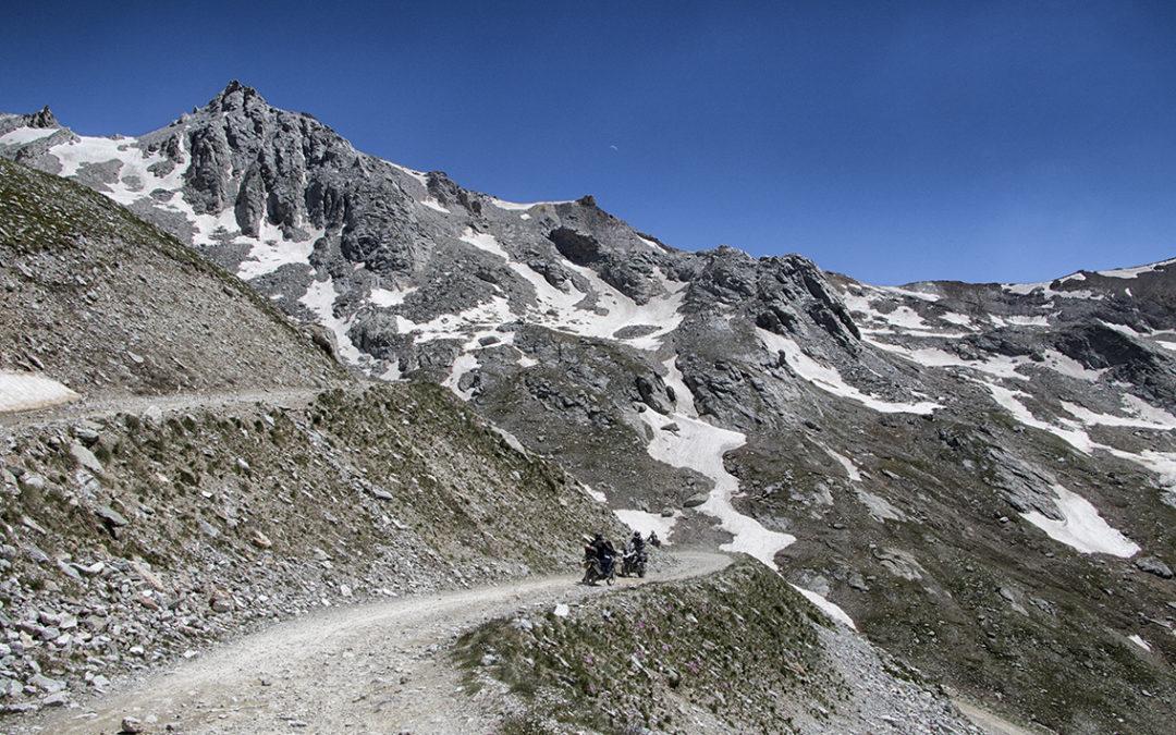 Nel week-end del 7 e 8 luglio torna a Bardonecchia in Alta Valsusa il Motoraduno Stella Alpina al Sommeiller: è la 53a edizione della kermesse motociclistica più alta d'Europa!