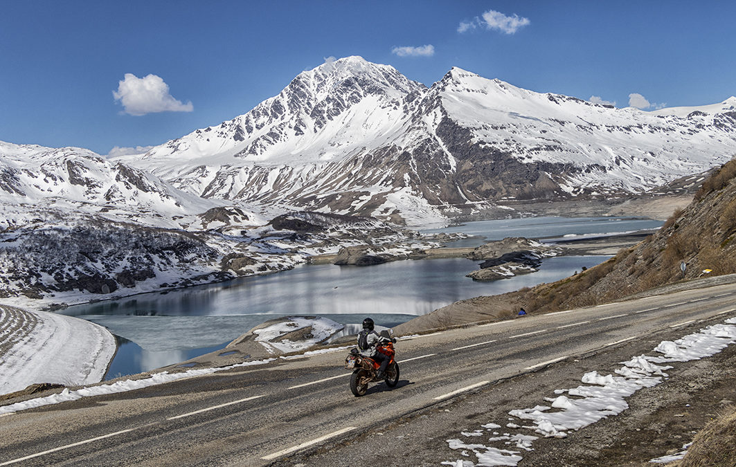 The Moncenisio route reopened in advance on April 30th: The motorcycle tourism season in Susa Valley has begun