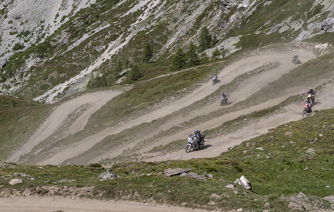 La Strada per il Colle del Sommeiller è chiusa per frana a monte del Rifugio Scarfiotti