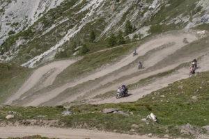 Strada per i OClle del Soimmeiller Tornanti a monte Scarfiotti