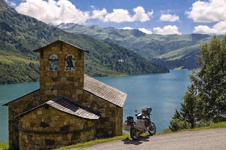 Il 21 settembre al via il Motoline Tour 2019: una cavalcata in moto di oltre 400 Km fra Valsusa e Savoia sui più bei Colli delle Alpi Occidentali
