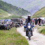 Colle del Sommeiller: il Motoraduno Stella Alpina dà appuntamento ai biker nel 2021. Ma la Strada che porta ai 3.000 metri aspetta i motociclisti per tutta la stagione